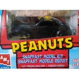 Autos A Escala Amt Ertl Peanuts Auto Para Armar Snoopie