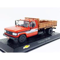 Miniatura De Caminhão Chevrolet D40 1985 Vermelho 1:43 Ixo