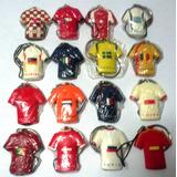 Dieciseis Llaveros Países Mundial De Fútbol 2008 Helados Efe