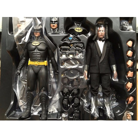 Hot Toys Batman Returns Pack Com Bruce Wayne (superman Dc)