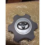 Tapa O Centro De Rin Toyota Fortuner Hilux 2012-2015