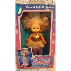 Muñeca Sally Bailarina Años 90 En Caja !