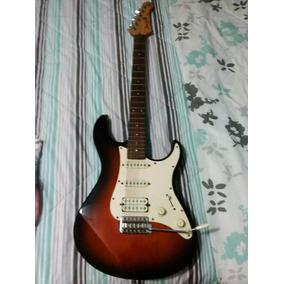 Guitarra Yamaha Pacifica Con Todo Y Tripode Base