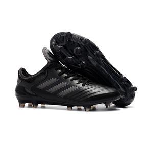Chuteira Adidas Copa Mundial Tam 43 - Chuteiras de Campo para ... ea42ef4e990d9