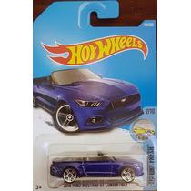 Hotwheels 2015 Ford Mustang Gt Convertible #104 2017