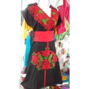Vestido Bordado De Manta Chiapaneco