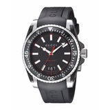 Reloj Gucci Dive Analog-display Swiss Quartz