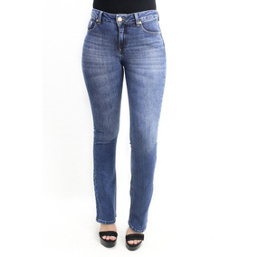 Calça Flare Jeans Com Elastano Cós Médio Marca Revanche