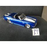 Chevrolet Camaro Maisto Ut Ertl Autoart 1-18 Miniatura.