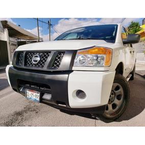 Nissan Titan 5.6l Crew Cab S 4x4 Mt 2014 Autos Puebla