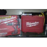Taladro Atornillador Recargable Marca Milwaukee Modelo M18