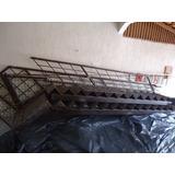 Escada Reta De Ferro 10 Mts C/corrimão, Anti Derrapante