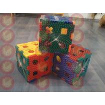 Juguete Didáctico: Cubo Plástico Para Meter Figuras.