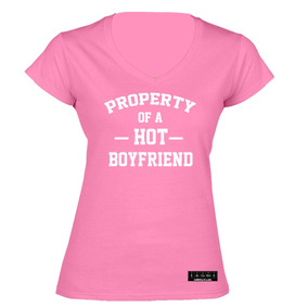 aec5cb84af4d8 Sarcasmo- Playera Property Of A Hot Boyfriend Dama