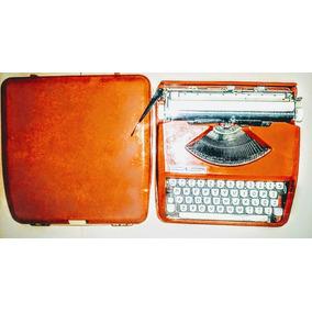 Maquina De Escrever - Hermes Baby Completa Item De Coleção