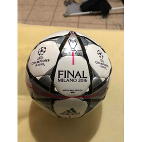Balon Champions League 2011 Final Usado en Mercado Libre México b7d46b87003bc