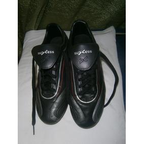 Zapatos De Futbol Hombre Zapatos en Deportivos, Usado en Zapatos d4a975