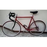Bicicleta De Ruta Roja Con Marco En Acero