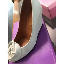 Zapatos Para Novia De Cuero Con Taco Chino Y Flor Blancos