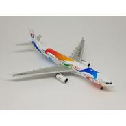 Miniatura Phoenix 1:400 Air Airbus A330-300 China Eastern