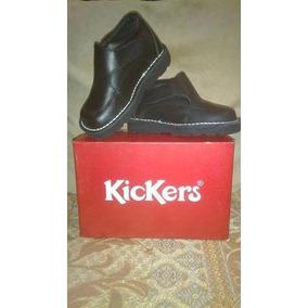 Zapatos Escolares Marca Kickers Talla 23