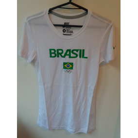 5bec261b02 Camiseta Nike Branca Time Brasil Dri-fit Fem.
