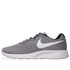 Tenis Nike Tanjun Se - 844887011 - Gris - Hombre