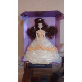 Boneca Debutante Linda