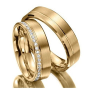 Alianças Ouro 18k Retas 1 Friso 7mm 14gr Com 20 Diamantes