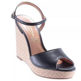 3f9193fe16 Sandalia Anabela Em Couro Maxi Feminino Plataforma Vizzano - Sapatos ...
