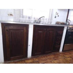 Muebles Cocina Madera, Ventanas Con Reja Y Taparrollo Y Spar