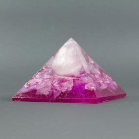 Orgonite Pirâmide Rosa Com Quartzo Rosa - Relacionamento