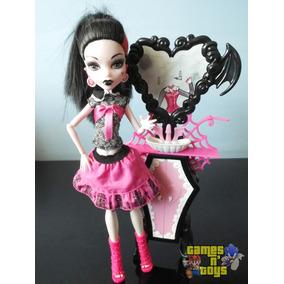 Boneca Monster High Draculaura Com Movel Banheiro Mattel