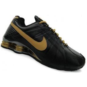 2bf80b627d4 Nike Shox Preto Com Dourado 38 - Nike para Masculino Preto no ...