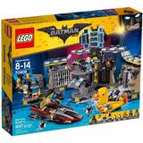 Lego Batman Movie - A Invasão À Batcaverna 70909