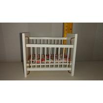 Miniatura- Berço Para Casa De Bonecas Em Madeira.