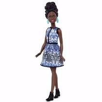 Boneca Barbie Fashionista Blue Brocade Nº25 Negra Petite