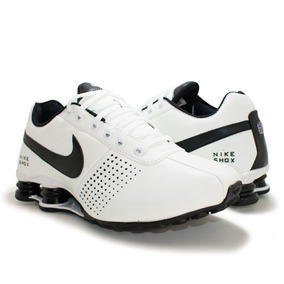 d0dfbe6b47d Nike Shox Deliver Branco Laranja - Tênis para Meninos no Mercado ...