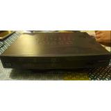 Cisco 881 Ethernet Security - Router - Escritorio, Gris