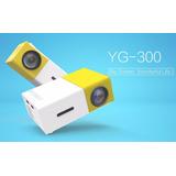 Mini Proyector Yg300