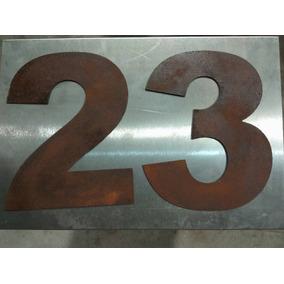 Números En Chapa Negra 20cm