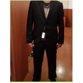 68c3b5e0c Arriendo Trajes De Graduacion Hombre Ternos Ropa - Vestuario y ...