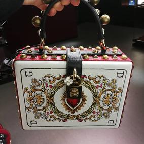45243a99b0a Bolso Dolce   Gabbana Box Estampada Con Aplicaciones