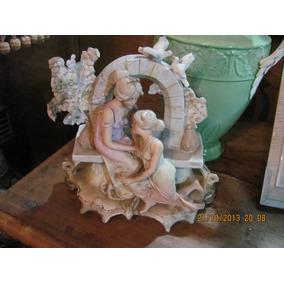 Figuras Jardinera Biscuit Porcelana Alemana 9567