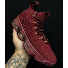 Zapatillas Nike Lebron James 15 Bordo