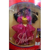 Juguete Barbie Nichelle Shami Doll - El Maravilloso Mundo D