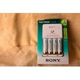 Sony Cargador Aa Y/o Aaa + Incluye 4 Pilas Aa Recargables
