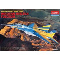 Academy Avion Mig 29 A Mikoyan Fulkrum 1/48 Armar Pintar
