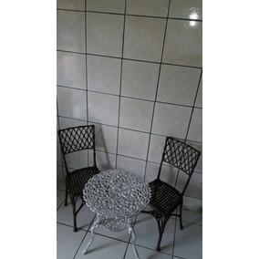 1 Mesa Alta Com 2 Cadeiras Bambu Para Jardim Varanda