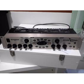 Bass V-amp Pro + Fcb 1010 + Uno Ship Behringer + Cabo Midi